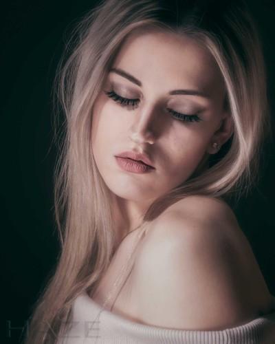 Alycia 7
