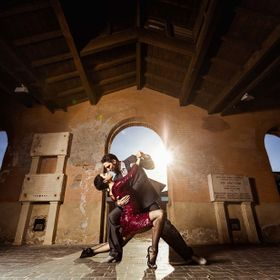 Tango dancers captured behind Les abattoirs in Toulouse!