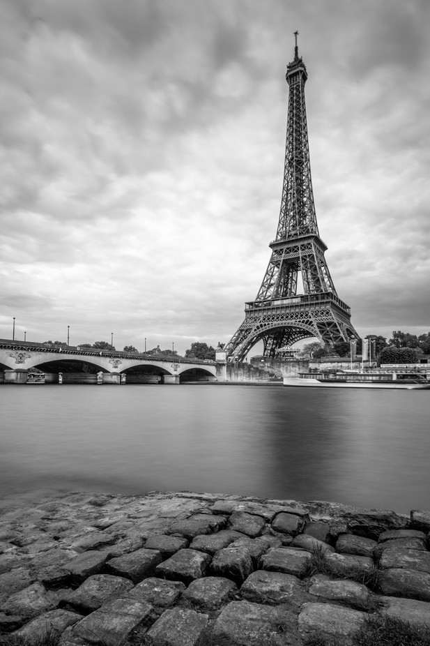 Eiffel Tower by PJImages - Paris Photo Contest