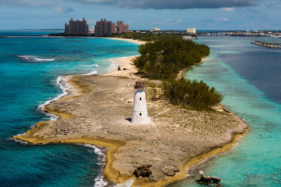 I took this phot of this abandon light house with the Atlantis Hotel in the back ground