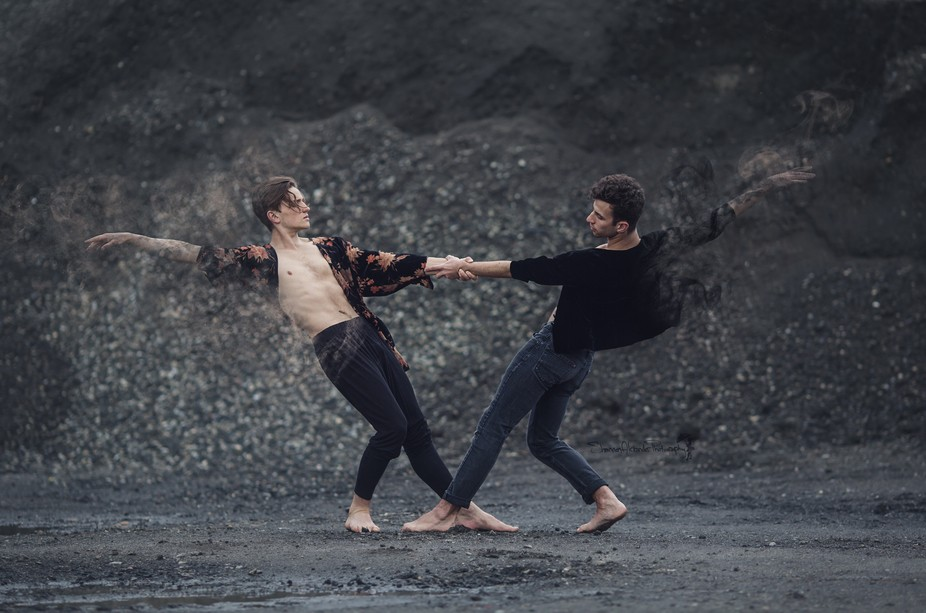 This photo is promoting a dance performance called Dust choreographed by Isadora Snapp. If you fe...
