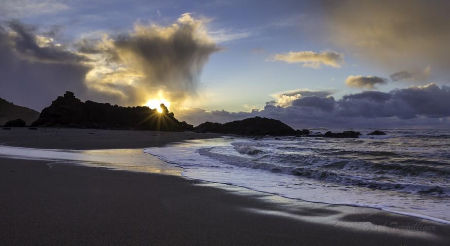 Oregon coast sunset through the notch