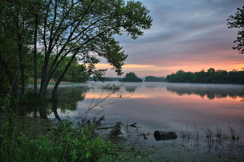 Early morning visit to the Carpenter Dam in Carpentersville, IL - 3 exposures, 2/3 stop apart