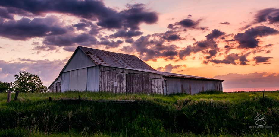 Beautiful sunrise over an Iowan barn. Been waiting to shoot a good sunrise with this barn. I am h...