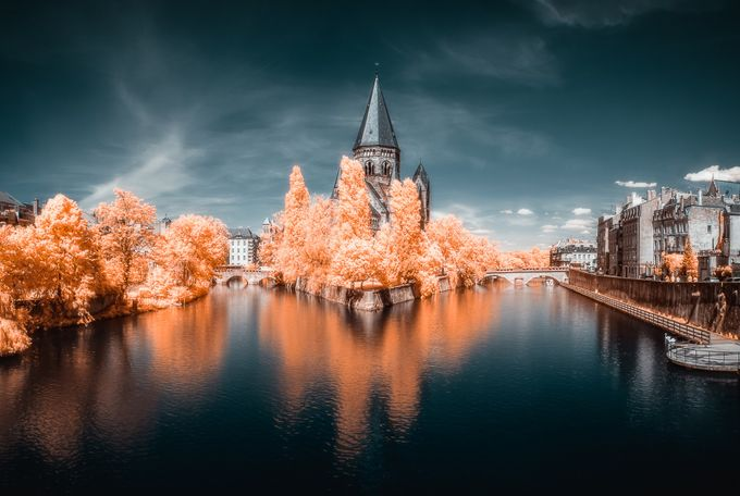 Metz'IR by Fannie_Jowski - Canals Photo Contest