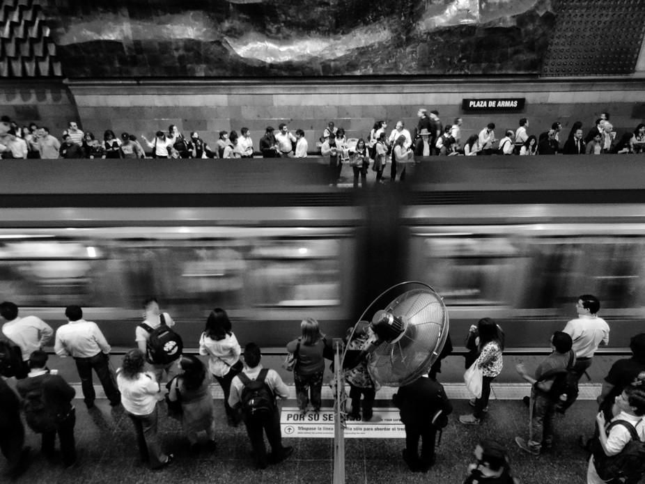 Metro de Santiago. manuelvenegasb@hotmail.com
