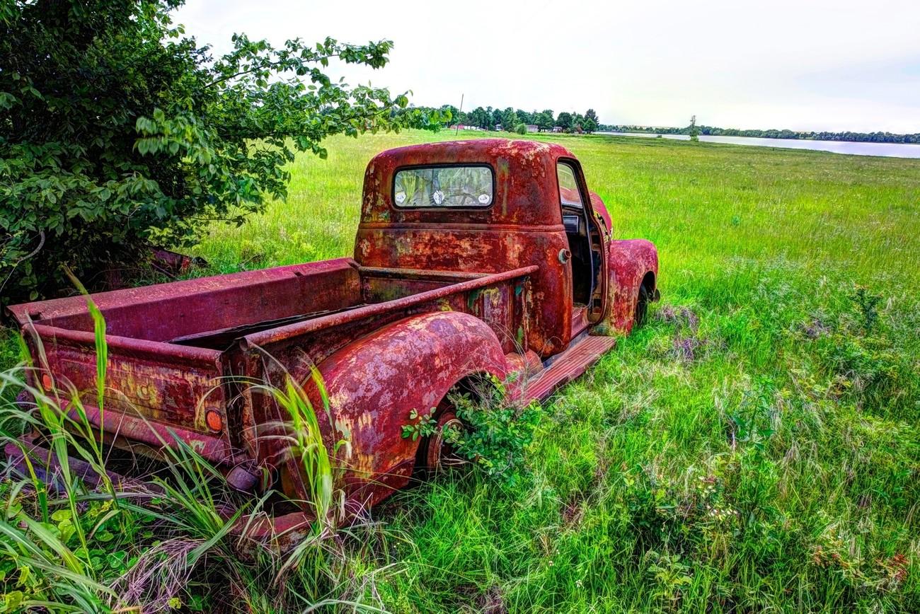 A vintage GMC pickup.