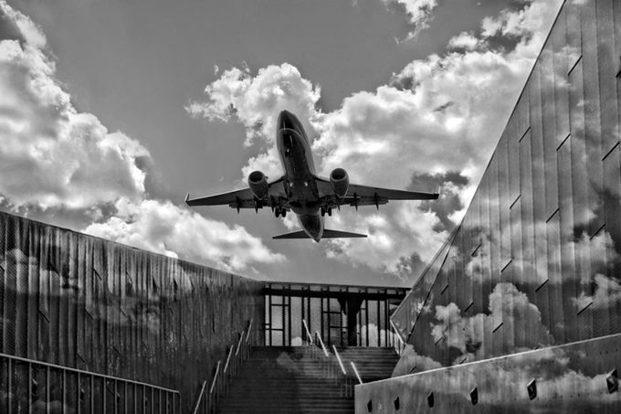 Landing by Dollarshots - Public Transport Hubs Photo Contest
