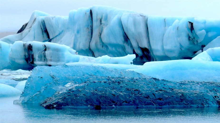 Visited the Jökulsárlón Glacier Lagoon in Iceland. It was a really grey day but that just made...