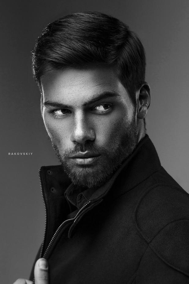 man by yurarakovskiy - Male Portraits Photo Contest