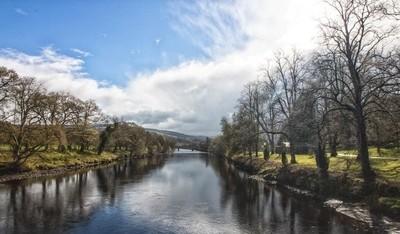 Scotland river Tay-1-4