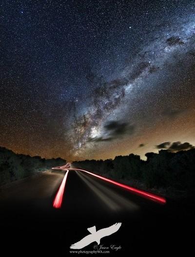 Milkyway_LightTrail3