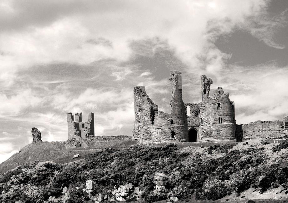 Dunstanburgh Castle B&W  DSC_0029