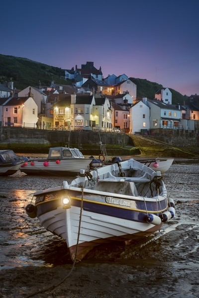 Staithes_harbour_North_Yorkshire_United_Kingdom