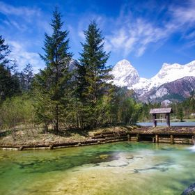 "A long time I planed to visit the lake ""Schiederweiher"" in Hinterstoder, upper austria. The place that I show you today, is a popular p..."