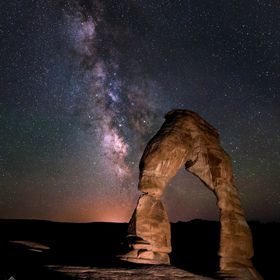 Our galaxy rising over the iconic Delicate Arch (Arches National Park, UT)