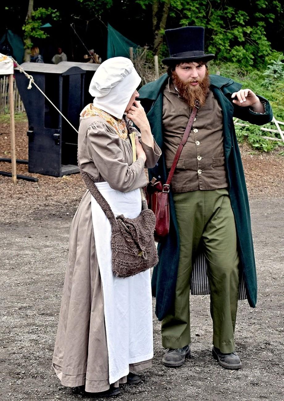 People dressed as Georgian's