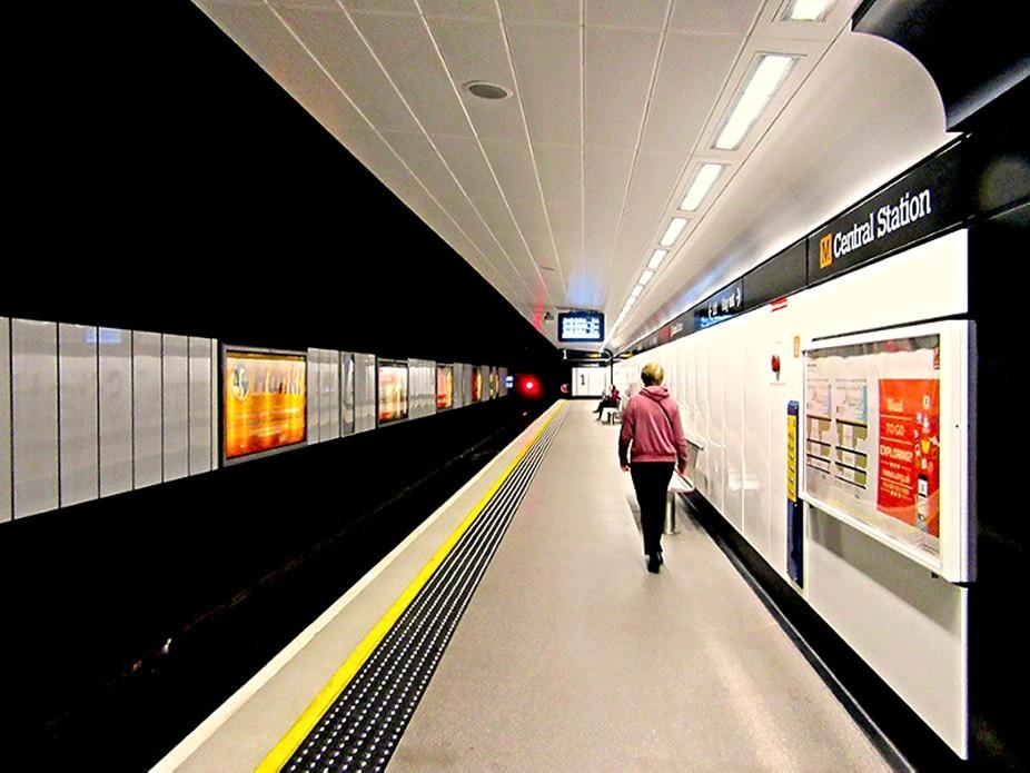 Metro Platform 1