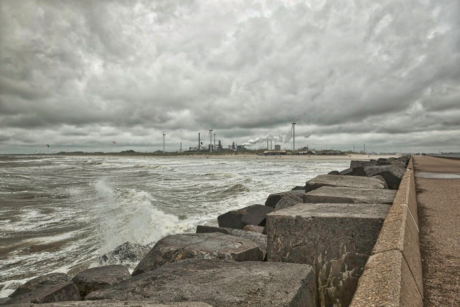 Here you see part of the Dutch coast line near Ijmuiden. The industrial area in the background is...