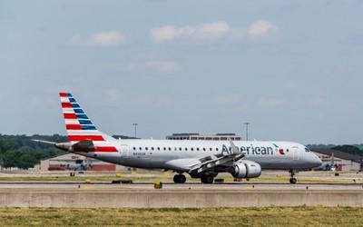American Airlines Embraer ERJ-190AR(N949UW)(AA792)