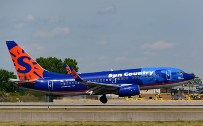 Sun Country Airlines Boeing 737-7Q8
