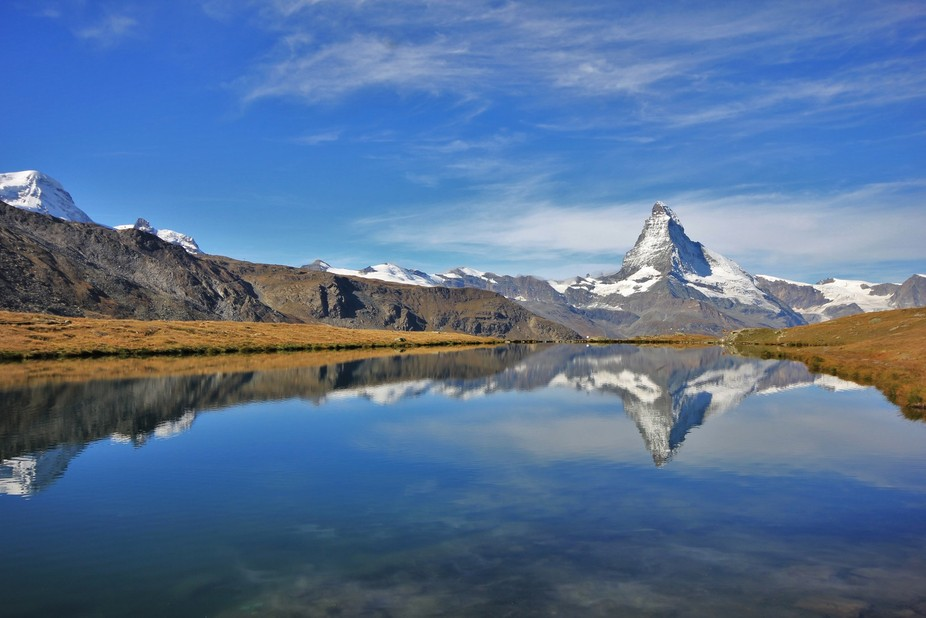 Beautiful morning for a mirrored image of the mighty Matterhorn.
