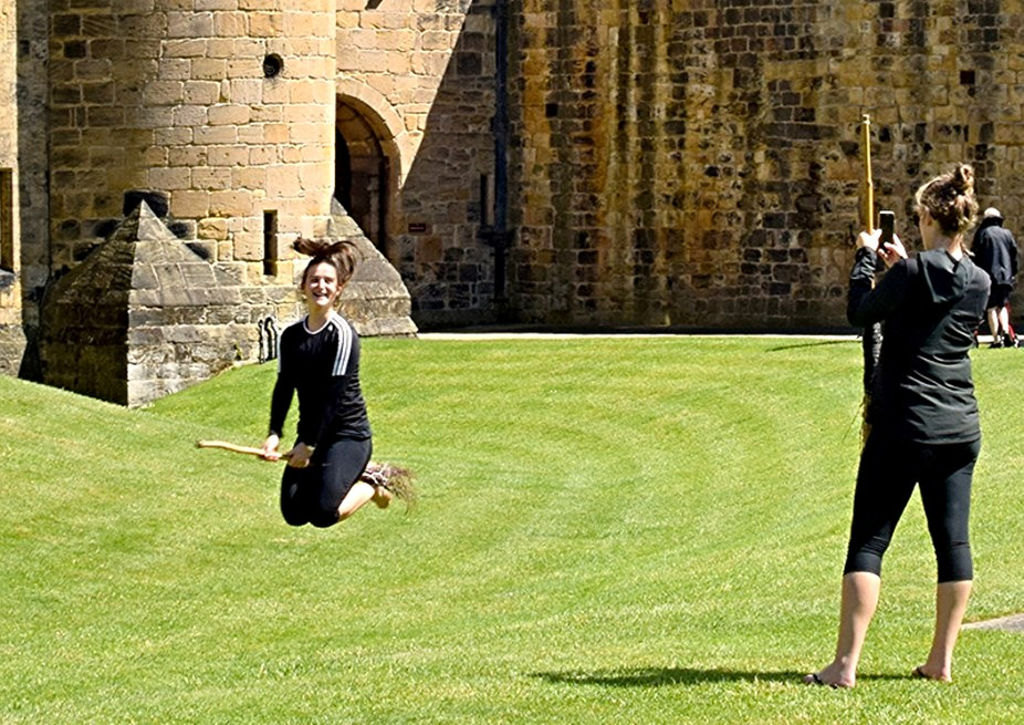 Learning to fly broomstick Alnwick castle