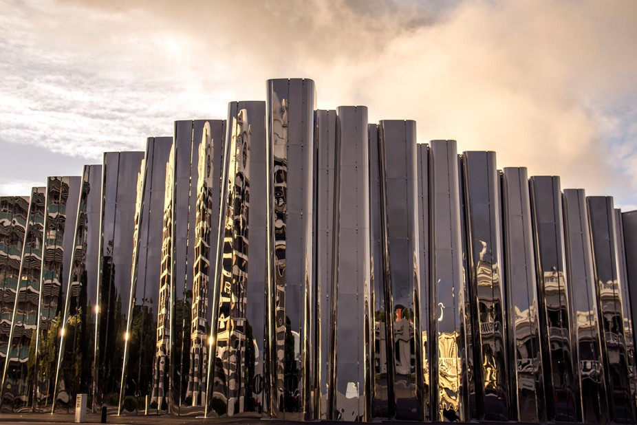 Photographed one evening on my way to Pukekura Park (New Plymouth) for the Festival of Lights. Ne...