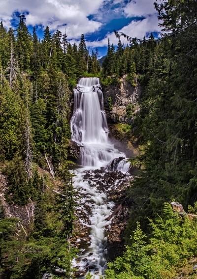 Alexander Falls, BC