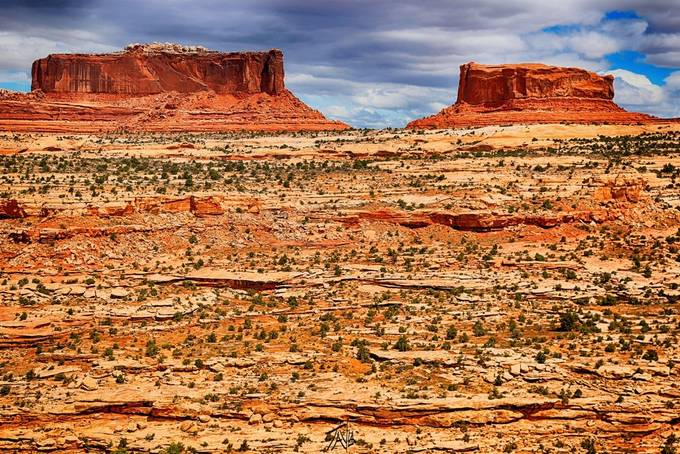 This is another great shot from the Moab adventures, this was taken in an HDR setting and edited with HDR toning as well and a couple other little things here and there to make the color look real nice but the layering of this picture is quite phenomenal.