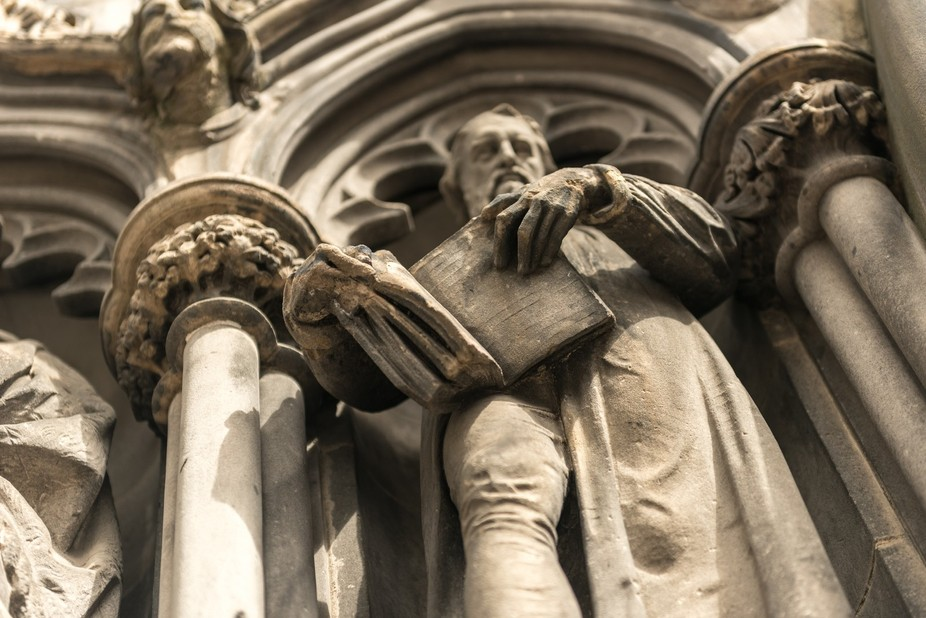 Close up of the facade of St Giles Cathedral