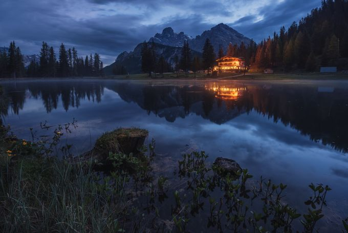 The lake's house by Juliocastropardo - Rule Of Thirds Photo Contest v3