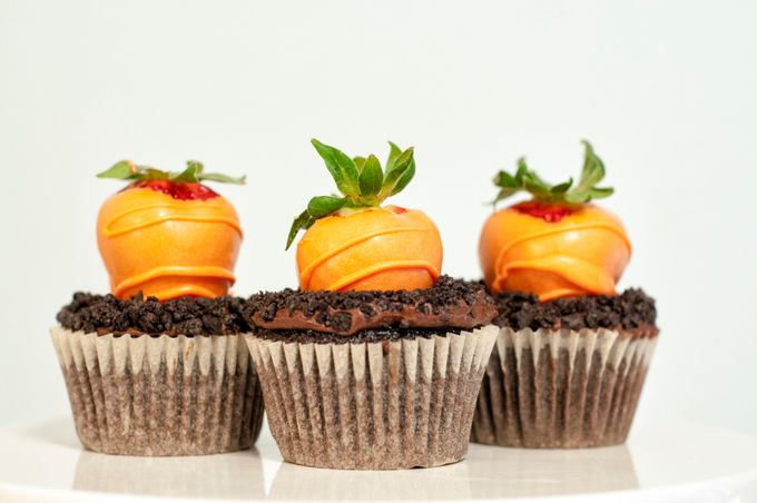Carrot Patch Cupcakes by dustingwin - Looks Delicious Photo Contest