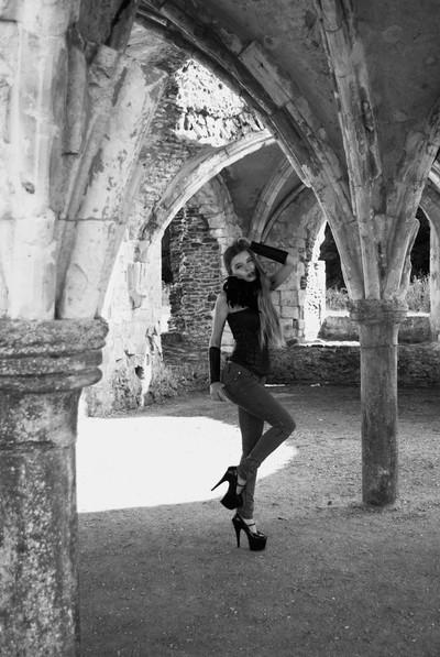 Jade Lyon at Waverley Abbey in Monochrome.