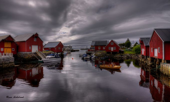 By the sea by runeaskeland - Photogenic Villages Photo Contest