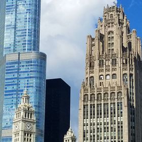 Different kinds of Buildings in Chicago