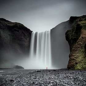 This epic waterfall, is one of the most visited, and one of the most amazing places in Iceland