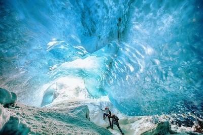 Ice Cave, Vatnajökull National Park, Jökulsárlón, Iceland