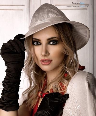 Model - Daria