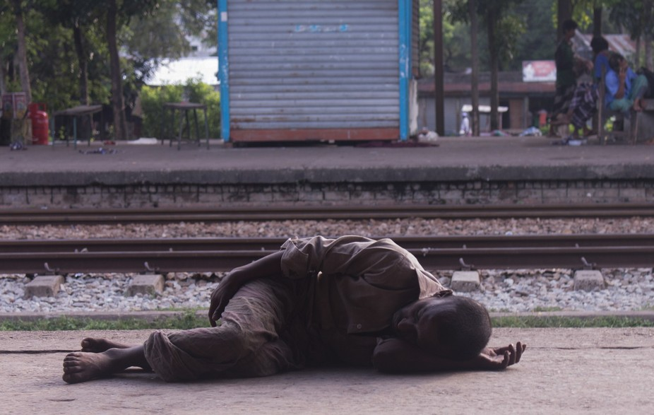 i went out of my house at 6 am to have a cup of tea.this man was sleeping in the railway station ...