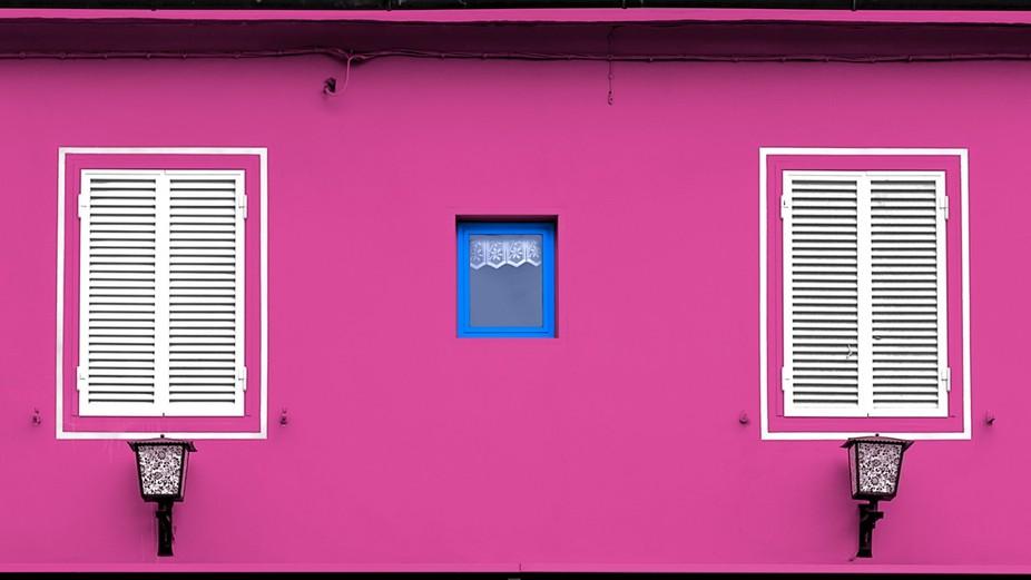 Minimal pink