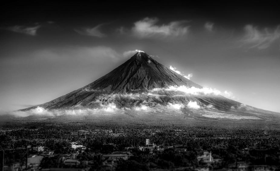 Majestic Mayon Volcano ( Albay, Philippines )