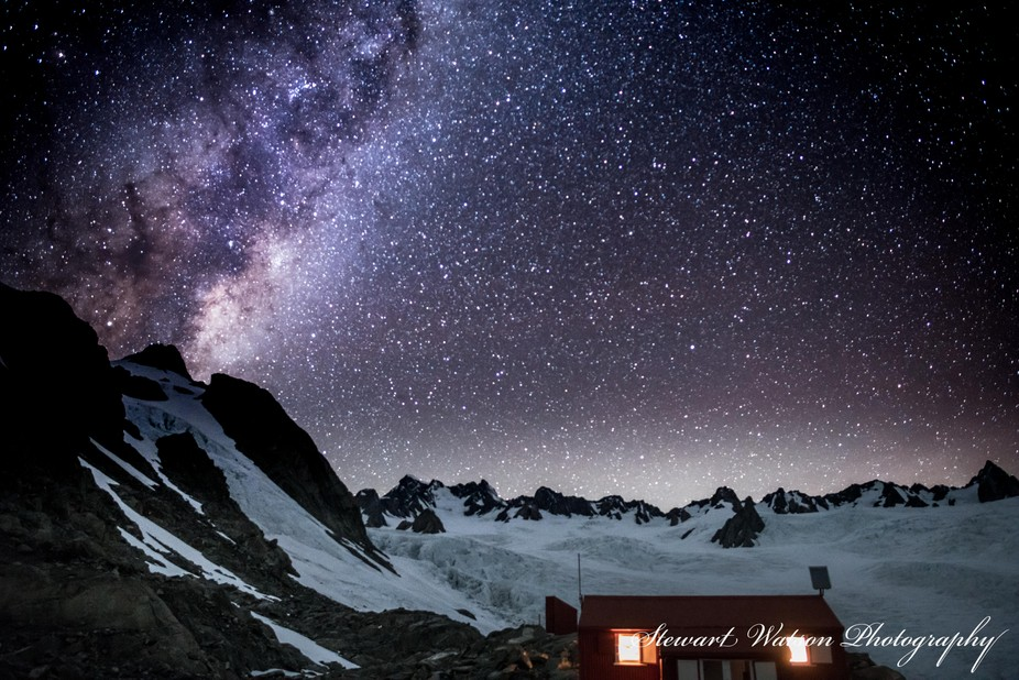Almer Hut Milky Way