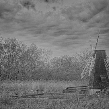 windmill at wicken fen