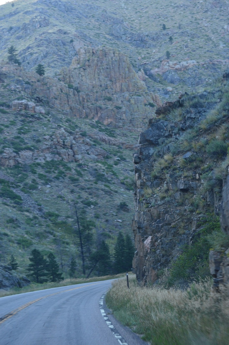 A curving road thru the mountains