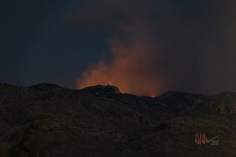 """Arizona wildfire """"Burro"""" tight shot July 6th, 2017 with an almost full moon."""