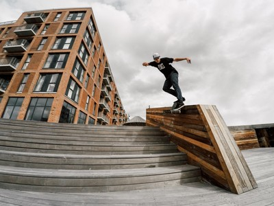 Madars and backside smith grind