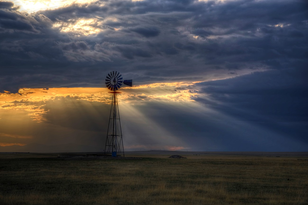 A windmill on the New Mexico prairie.