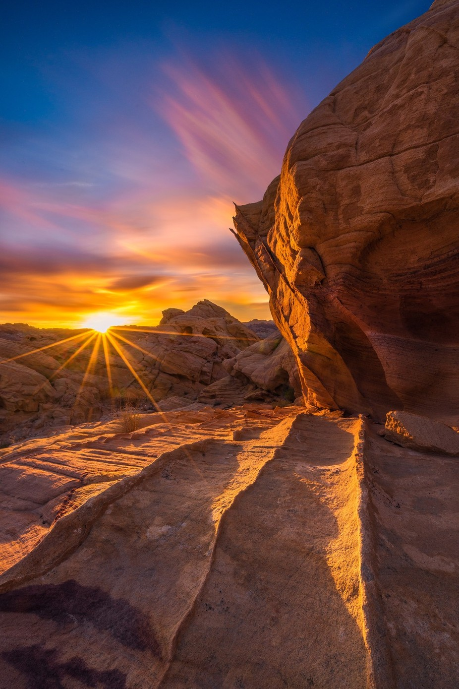 Sunset at Valley of Fire by jessicacathrinesantos - Compositions 101 Photo Contest vol4