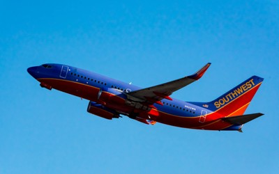 Southwest Airlines Boeing 737-7H4(N922WN).